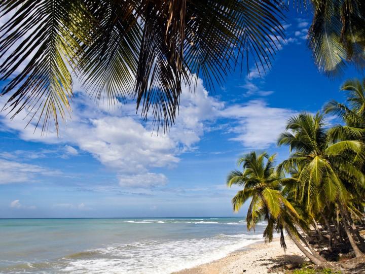 Neglected islanders resist plan for Haiti tourism revival